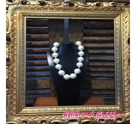 Collier grosses perles nacrées