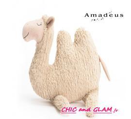 Chameau la peluche Amadeus les petits