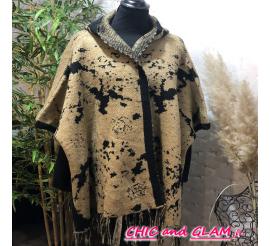 Poncho/cape effet laine col camel motifs noir