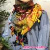 Carre cot fleur batik bord pompons