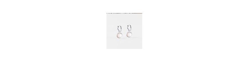 Boucles pour oreilles percées